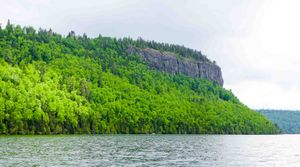 clearwater lake cliff