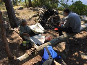 2017-09-10_834_Quetico_Falls_Chain_Cache_Bay_Lunch_Bob_Jerry.jpg